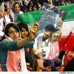 Ahmadinejad-fans5