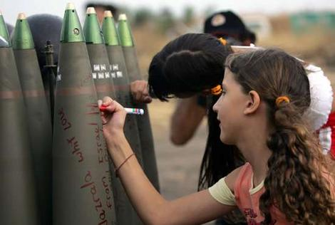 more-girls-signing-bombs2